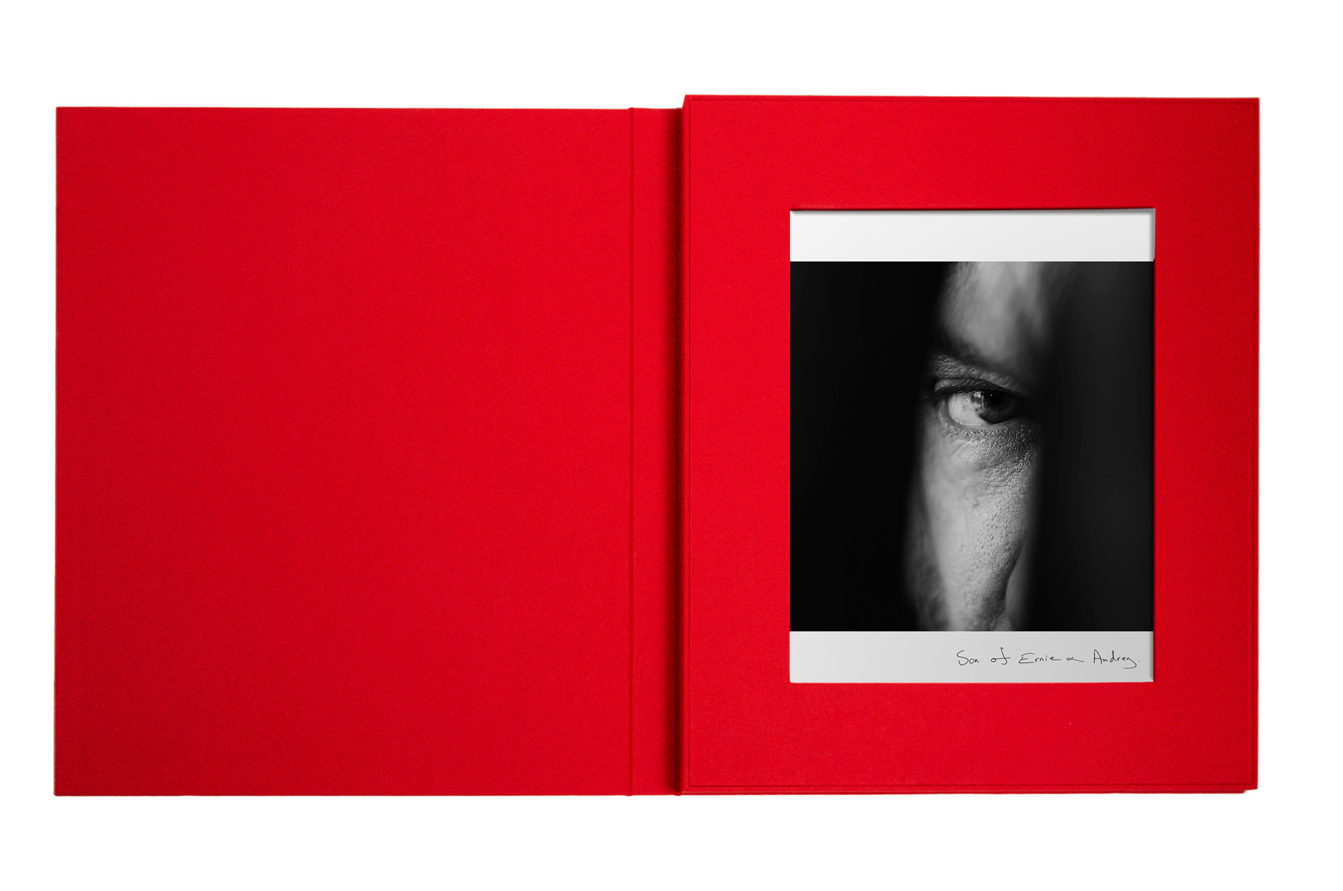 Anna Gabriel's photograph in her limited edition box set designed by DTE