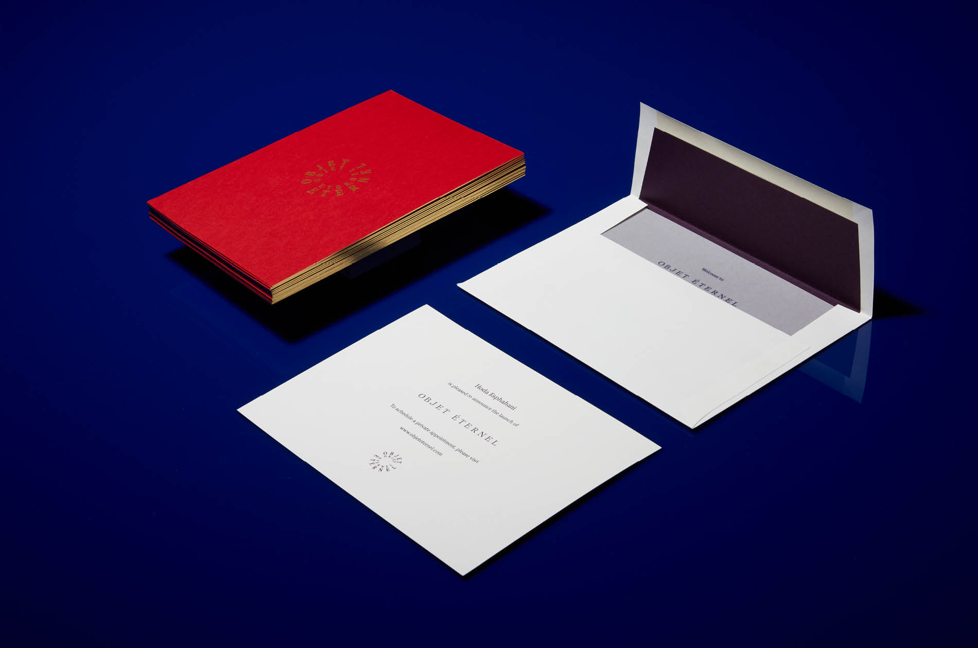 Objet Éternel's elegant announcements designed by DTE